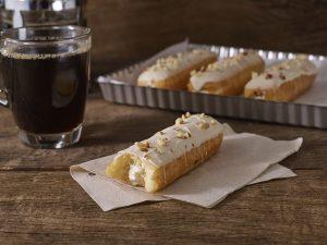 Vanilla Doughnut Eclair